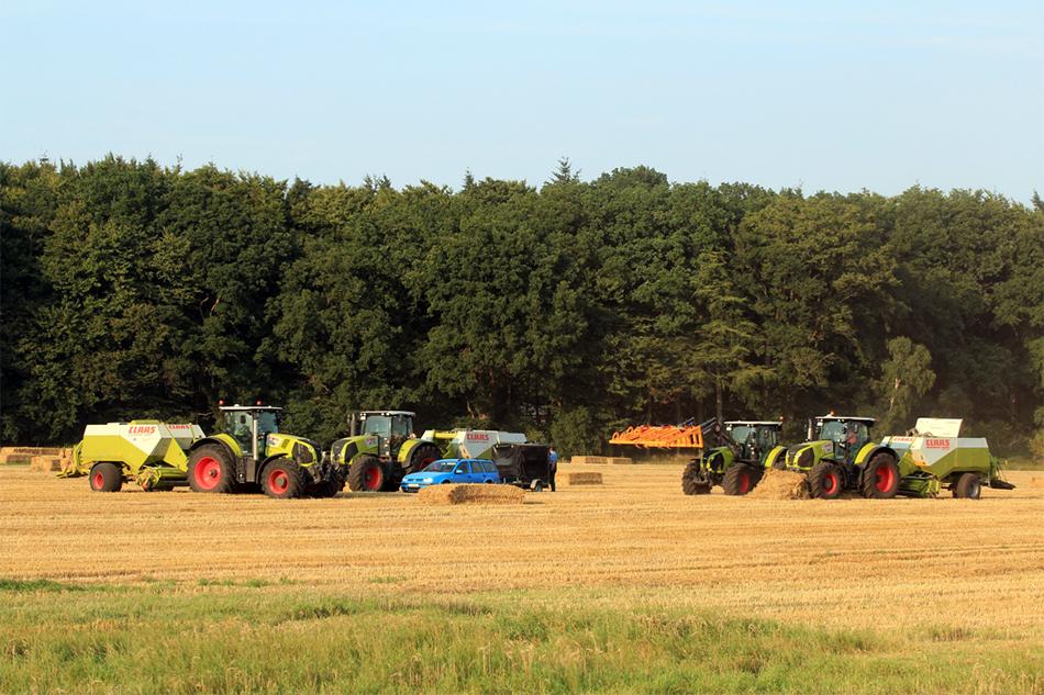 Getreidepresse von Agrarservice Meyer