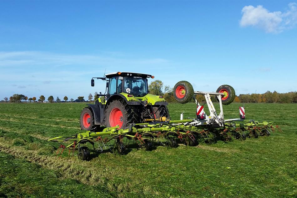 Großflächenkreiselheuer von Agrarservice Meyer