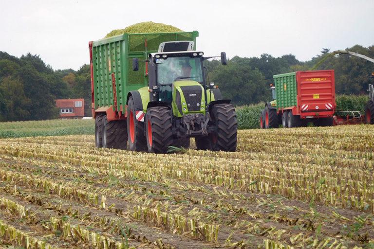Maistransport von Agrarservice Meyer